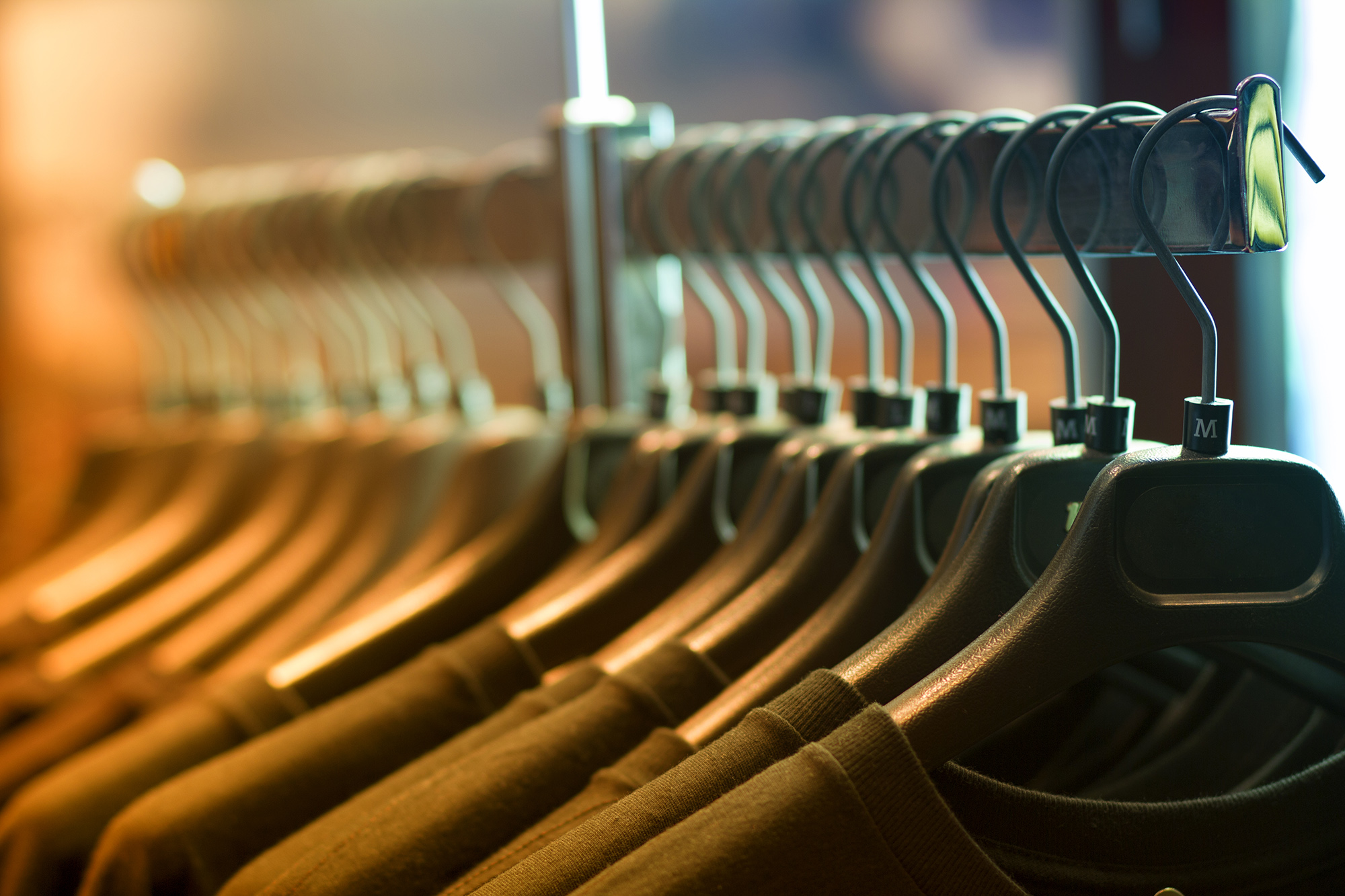 clothing-rack-company-apparel-store